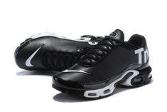 Nike Mercurial Air Max Plus Tn Black/White Men's/women's Running Shoes Adidas Zx 700, Adidas Zx Flux, Cheap Sneakers, Air Max Sneakers, Shoes Sneakers, Nike Shoes, Baskets, Air Max Plus, Nike Air Max Tn