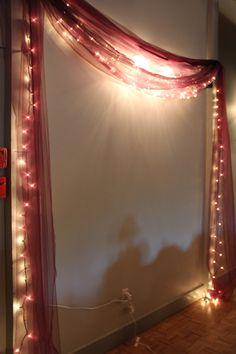 19 unique Diwali deco ideas to beautify your home Diwali Decoration Lights, Mandir Decoration, Ganpati Decoration At Home, Diwali Decorations At Home, Diwali Lights, Ganapati Decoration, Light Decorations, Indian Decoration, Diwali Party