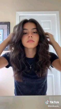 Hair Up Styles, Medium Hair Styles, Loose Curls Tutorial, Hair Curling Tutorial, Aesthetic Hair, Balayage Hair, Ombre Hair, Hair Videos, Hair Inspiration