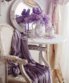 4 Relaxing Tips AND Tricks: Shabby Chic Sofa Cottage Style shabby chic home design.Shabby Chic Blue Stools shabby chic home design. Casas Shabby Chic, Shabby Chic Mode, Shabby Chic Vintage, Style Shabby Chic, Shabby Chic Baby, Shabby Chic Bedrooms, Shabby Chic Furniture, Shabby Chic Decor, Vintage Style