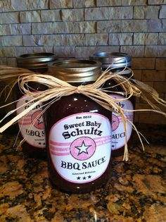 Custom BBQ sauce for my sister's baby shower.  Everyone loved it! Available from Three Peas Children's Boutique www.facebook.com/ThreePeasChildrensBoutique
