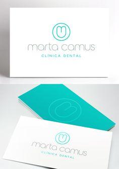 """Nuevo logotipo para Marta Camus, una clínica dental ubicada en el País Vasco. El logotipo simboliza la silueta de un diente y está creado a partir de las iniciales """"m"""" y """"c"""" del nombre."""