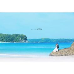 人気の伊豆海ロケーションフォト 7月中旬まで撮影可能です!! 透きとおった美しい海岸で撮影を楽しみましょう Photo by Akaike hear-make by Fujita #ig_japan #weddingmakeup #d_weddingphoto #instatravel #training #japan_daytime_view #weddingdress #weddingphotographer #bridal #weddingphotographer #likeforfollow #プレ花嫁 #花嫁準備 #伊豆 #海 #beachwedding #ヘアアレンジ #撮影 #ロケーションフォト #スタジオアクア #