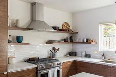 Minimalist Kitchen Before After Renovation Storage Kitchen Design For Small Space Minimalist And Country - IKEA Cozy Kitchen, Ikea Kitchen, Kitchen Furniture, Kitchen Ideas, Kitchen Decor, Design Kitchen, Walnut Kitchen, Kitchen Inspiration, Kitchen Interior