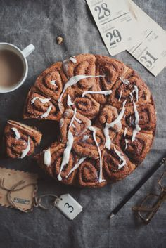 cinamon roll cake