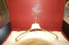 Appendiabito in oro e  swarovski              hanger gold and swarovski