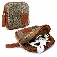 TUFF LUV Herringbone Tweed Travel Case pouch for Earphones / headphones Electronic Deals, Earphone Case, Miller Sandal, Leather Accessories, Herringbone, Travel Bags, Leather Backpack, Tweed, Consumer Electronics