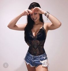 Black onesie under denim shorts. Club Outfits, Short Outfits, Sexy Outfits, Pretty Outfits, Summer Outfits, Casual Outfits, Fashion Outfits, Denim Shorts Style, Sexy Shorts