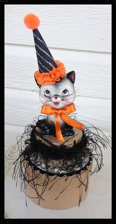 Vintage Halloween Black and Gray Cat Salt Shaker  Collectible on Trinket Box Halloween, Halloween Decoration for  Halloween Ornament TVAT