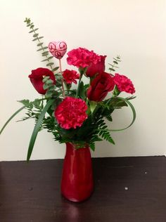 Valentines Day rose and carnation arrangement