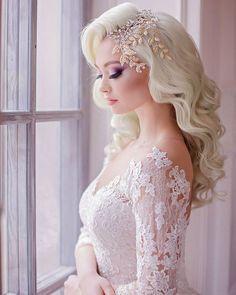 Gallery: Elstie Long Wedding Hairstyles and Wedding Updos 4 - Deer Pearl Flowers / http://www.deerpearlflowers.com/wedding-hairstyle-inspiration/elstie-long-wedding-hairstyles-and-wedding-updos-4/