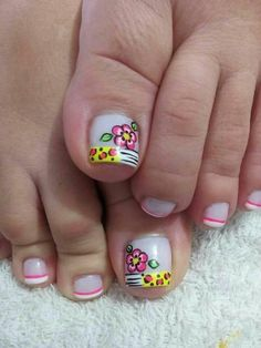 70 Trendy Spring Nail Designs are so perfect for this season Hope they can inspire you and read the article to get the gallery. Pedicure Designs, Pedicure Nail Art, Toe Nail Designs, Toe Nail Art, Cute Pedicures, Cute Spring Nails, Feet Nails, Luxury Nails, Nail Designs Spring