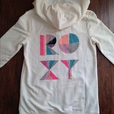 Nwt ROXY sweatshirt !!! Very cute New with Tags Sweatshirt !!! Roxy Jackets & Coats