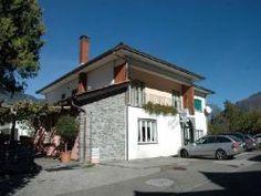 S. Antonino: Restaurant mit fünf Wohnungen