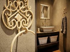 french country bathroom   Ambiance Guest House: French country style bathroom