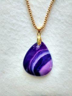 very pretty onyx pendant