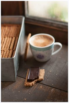 Morning coffee and biscuits* But First Coffee, I Love Coffee, Coffee Break, My Coffee, Morning Coffee, Coffee Room, Coffee Cafe, Coffee Drinks, Coffee Menu
