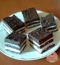 Kókuszos zebra szelet (sütés nélkül) Hungarian Cake, Hungarian Recipes, Plated Desserts, Nutella, Tiramisu, Food And Drink, Cooking Recipes, Baking, Eat