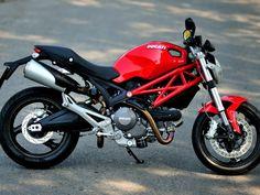 Ducati 795..my dream bike. Maybe next time