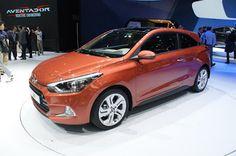 BMW SÀI GÒN: Xe Hyundai i20 Active 2016 phiên bản 3 cửa bất ngờ...