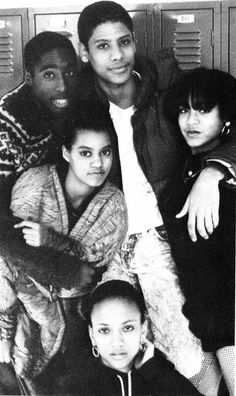 Tupac Shakur (upper left) ‪and ‬Jada Pinkett Smith (far right)‪ attended the Baltimore School for the Arts. This photo is from their junior year in 1988.