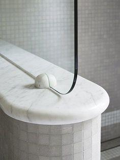 Art Deco inspired shower screen in modern bathroom Australian Interior Design, Interior Design Awards, Bathroom Interior Design, Contemporary Interior, Bad Inspiration, Bathroom Inspiration, Art Deco, Joinery Details, Best Bathroom Designs