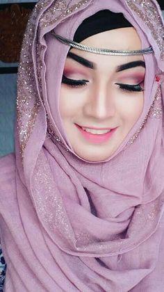 Queen of hijab # parizaad Bridal Hijab, Hijab Bride, Arab Girls Hijab, Muslim Girls, Hijabi Girl, Girl Hijab, Hijab Style Dress, Hijab Outfit, Beautiful Muslim Women