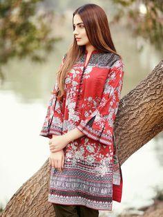 Edenrobe Unstitched Festive Eid Collection 2017 SKU: 00122934 with model Alyzeh Gabol Pakistani Formal Dresses, Pakistani Party Wear, Pakistani Fashion Casual, Pakistani Outfits, Stylish Dresses, Simple Dresses, Casual Dresses, Frock Fashion, Fashion Dresses
