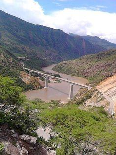 Cañòn del Rio Sogamoso Santander Colombia