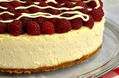 White chocolate cheesecake with raspberries.