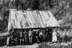 Amazing Black & White Photos of American Pioneers ~  Notice how nice they are dressed, amazing considering the conditions