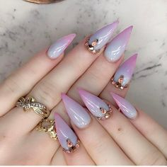 15 Best Indian Style Nail Designs You Should Try Right Now Gem Nails, Diva Nails, Hair And Nails, Gorgeous Nails, Pretty Nails, Indian Nails, Nailart, Claw Nails, Fancy Nails