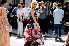 #StreetStyle: Paris Fashion Week Alta Costura FW 2017 - Caro Daur   Galería de fotos 1 de 206   Vogue México