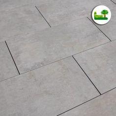 #Feinsteinzeug #gartenleber #Story #grey #garden #design #simple #minimal #clean #ideas #inspiration #light Tile Floor, Minimal, Flooring, Inspiration, Design, Porcelain Tiles, Ideas, Biblical Inspiration, Tile Flooring