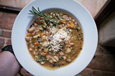 Ribollita Toscana - przepis prosto z Toskanii. Ravioli, Italian Recipes, Risotto, Spaghetti, Diet, Cooking, Ethnic Recipes, Food, Tuscany