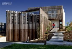 9 fachadas que aliam privacidade, estética e conforto térmico - Casa