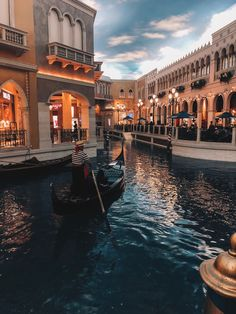 Las Vegas Travel Guide – Simply Kaylee Ann-- the venetian gondola ride Las Vegas Travel Guide, Las Vegas Vacation, Las Vegas City, Las Vegas Nevada, Vacation Places, Dream Vacations, Places To Travel, Travel Vegas, Hawaii Travel