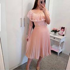 Unique prom dresses with hottest - Fashion Modest Outfits, Skirt Outfits, Modest Fashion, Dress Skirt, Lace Dress, Casual Dresses, Fashion Dresses, Girls Dresses, Unique Prom Dresses