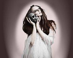 Google Image Result for http://www.bodycandy.com/blog/wp-content/uploads/2011/10/Skull-Fashion.jpg