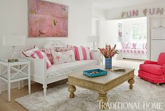 A fresh and colorful lake home! Via Mix and Chic from Traditional Home.