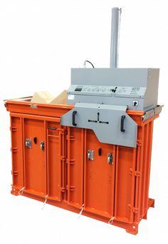 Un singur utilaj – mai multe tipuri de deșeu! Orwak Multi face parte din gama de mașini de balotat cu mai multe camere facilitând sortarea și compactarea diverselor tipuri de material chiar la sursă. In dotarea standard produsul vine cu doua camere dar instalația poate fi extinsă cu alte camere pentru a putea creste o dată cu afacerea dumneavoastră. Soluția multi cameră poate forma o mică stație de reciclare în sine. Lockers, Locker Storage, Cabinet, Furniture, Business, Design, Home Decor, Clothes Stand, Decoration Home