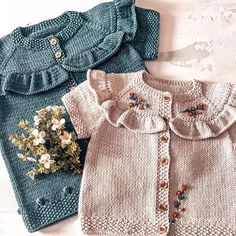 Baby Cardigan, Baby Pullover, Winter Baby Clothes, Baby Winter, Eco Clothing, Embroidery On Clothes, Baby Sweaters, Baby Knitting Patterns, Baby Dress