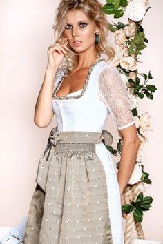 Kinga Mathe Dirndl 2016 - einfach schöne Dirndl! German Outfit, Oktoberfest Outfit, Dirndl Dress, Maid Dress, Folk Fashion, Special Dresses, Feminine Dress, Sweet Dress, Retro Outfits