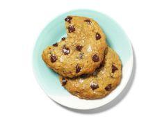 chocolate chip sea-salt cookies