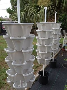 5 Tiered Vertical Gardening Planter - Learn How to Grow Organic Strawberries Easy with These Cool Mr Stacky Stone Containers - Great Strawberry Garden Planting Pots - Stacking Planters Also Used for Growing Herb Pepper Flower Tomato Succulent Green Bean - Hydroponic Growing, Hydroponic Gardening, Container Gardening, Aquaponics Greenhouse, Aquaponics Diy, Strawberry Planters, Strawberry Garden, Strawberry Tower, Vertical Garden Planters