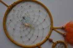 Mobiles & Traumfänger - Gelber Traumfänger mit kleinem Schutzengel - ein Designerstück von Traumnetz-com bei DaWanda