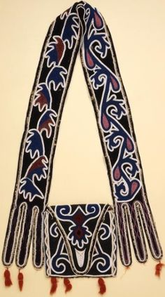 Shawnee Bandolier Bag, collected in St. Native American Artifacts, Native American Tribes, Native American Beading, Native Americans, Shawnee Indians, Woodland Indians, Indian Tribes, Beaded Bags, Native Art