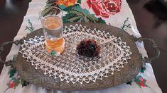 Γλυκό κουταλιού βύσσινο…από την Αλεξάνδρα Σουλαδάκη http://www.donna.gr/17252/gluko-koutaliou-bussino-apo-tin-alexandra-souladaki/  Ένα γλυκό του καλοκαιριού υπέροχο, αφού τα βύσσινα τα βρίσκουμε στο τέλος της Άνοιξης, εκεί στα τέλη του Μάη, εμείς τουλάχιστον της Αθήνας, για ένα ωραίο κέρασμα, γι�