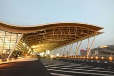 10 Fantastic US Airport Restaurants - Tss Steel Structure Buildings, Roof Structure, Modern Buildings, Wood Architecture, Futuristic Architecture, Amazing Architecture, Architecture Websites, Airport Restaurants, Richard Rogers