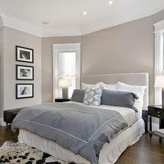Schlafzimmer in beige-grau-weiß.